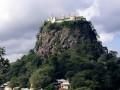 Гора Таунг Калат и ее окрестности